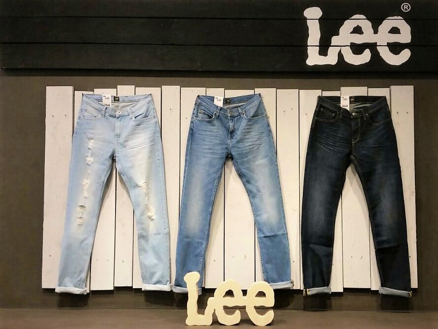 Allestimento visual merchandising per Lee by Yu Retail