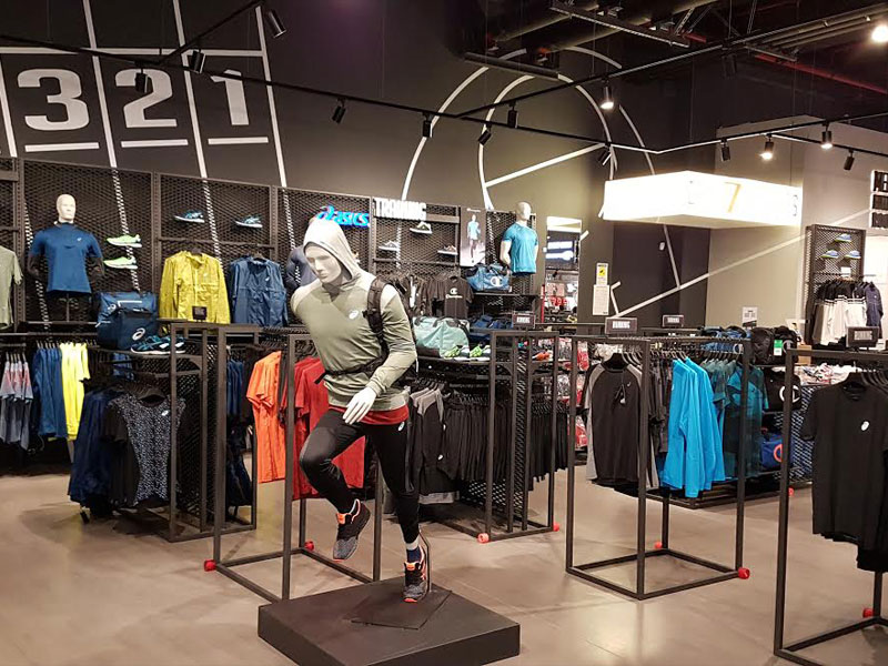 ASICS Yu Retail