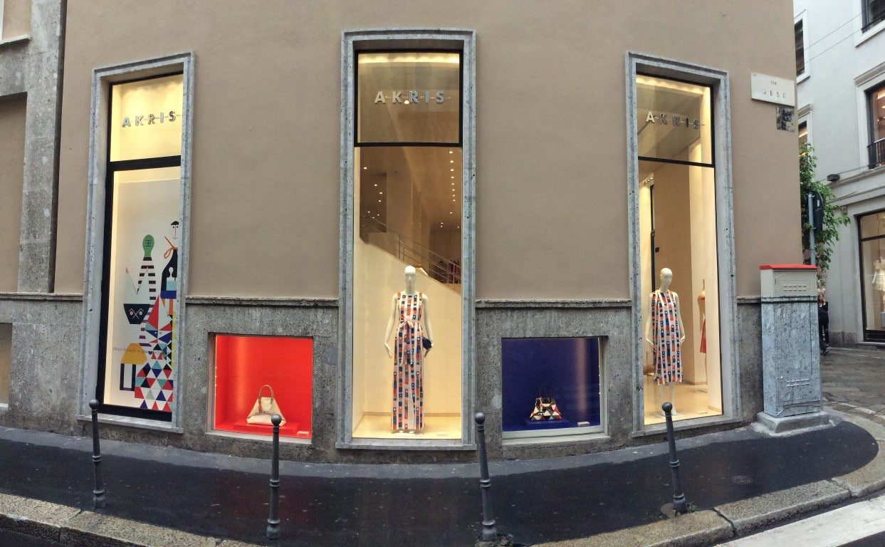 Allestimento visual merchandising per Akris by Yu Retail