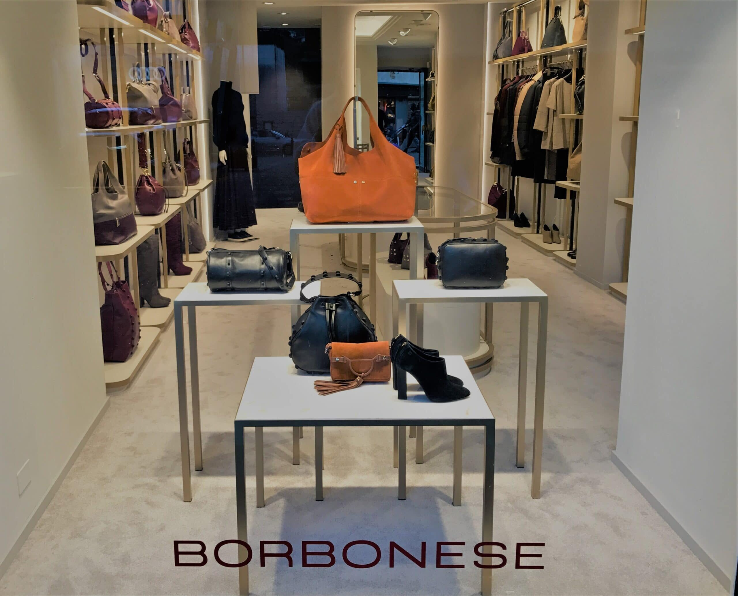 Allestimento visual merchandising per Borbonese by Yu Retail | Cortina
