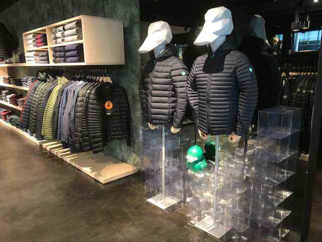 Allestimento visual merchandising per Save The Duck by Yu Retail