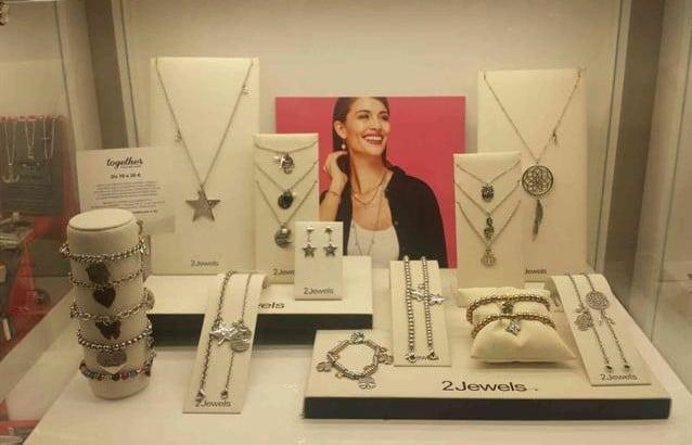 Allestimento visual merchandising per 2Jewels by Yu Retail