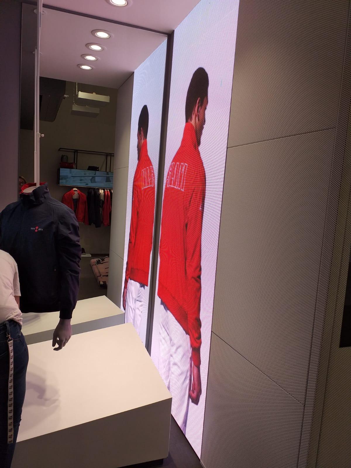 Allestimento visual merchandising per Slam Genova by Yu Retail