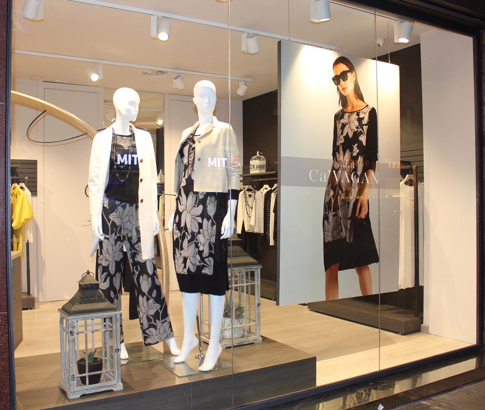 Allestimento visual merchandising per Cà Vagan by Yu Retail